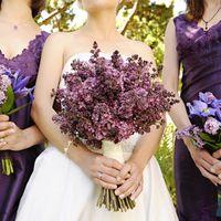 Букет невесты и подружек невесты из сирени в сиреневых и голубых тонах