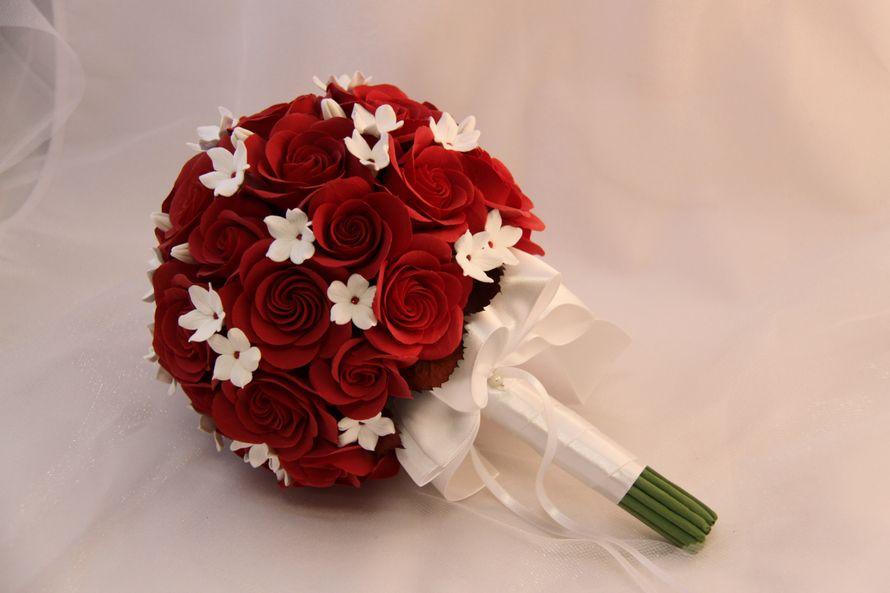 Букет невесты из красных цветов фото, мир цветов рязань