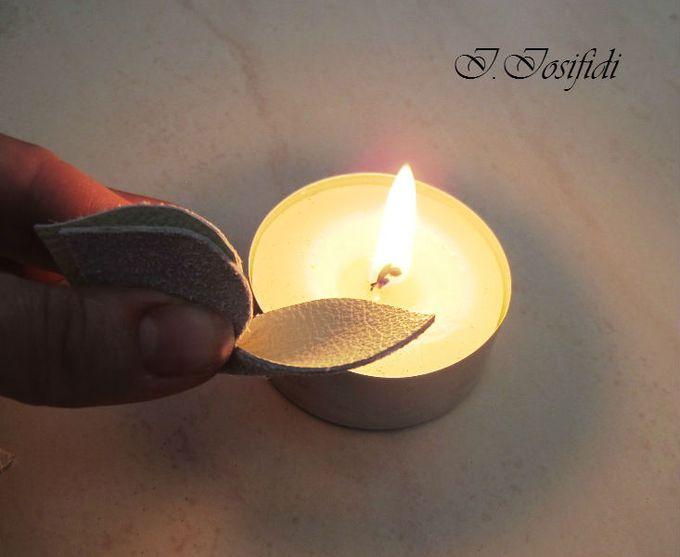 трехлепестковая деталь - краешки обрабатываем пламенем так, что бы они слегка завернулись от изнанки к лицевой стороне.