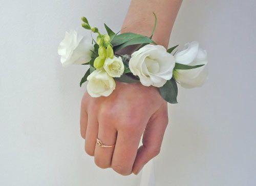 Браслет из живых цветов для невесты мастер класс