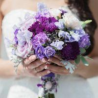 Сиреневый букет невесты для сиреневой свадьбы