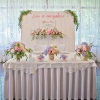 оформление президиума, деревянная ширма, стол молодожен, свадебная идея кружево, романтика, ресторан Времена года
