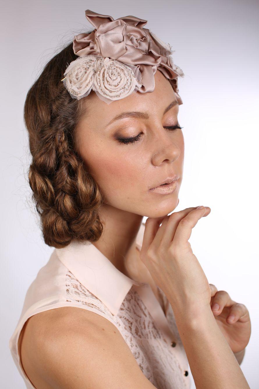 """На голове невесты украшение из ткани в виде цветов из ткани ручной работы - фото 1664767 Школа-студия """"Бабенко make up"""""""