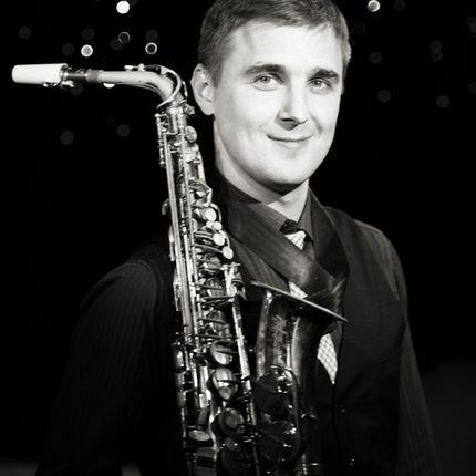 Саксофонист на торжество, 1 час