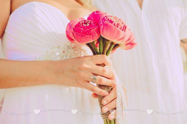 Свадебный букет из лотосов фото