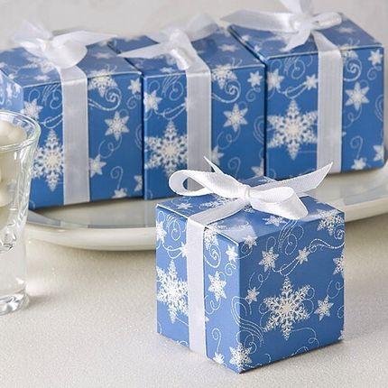 Коробочка для конфет для зимней свадьбы