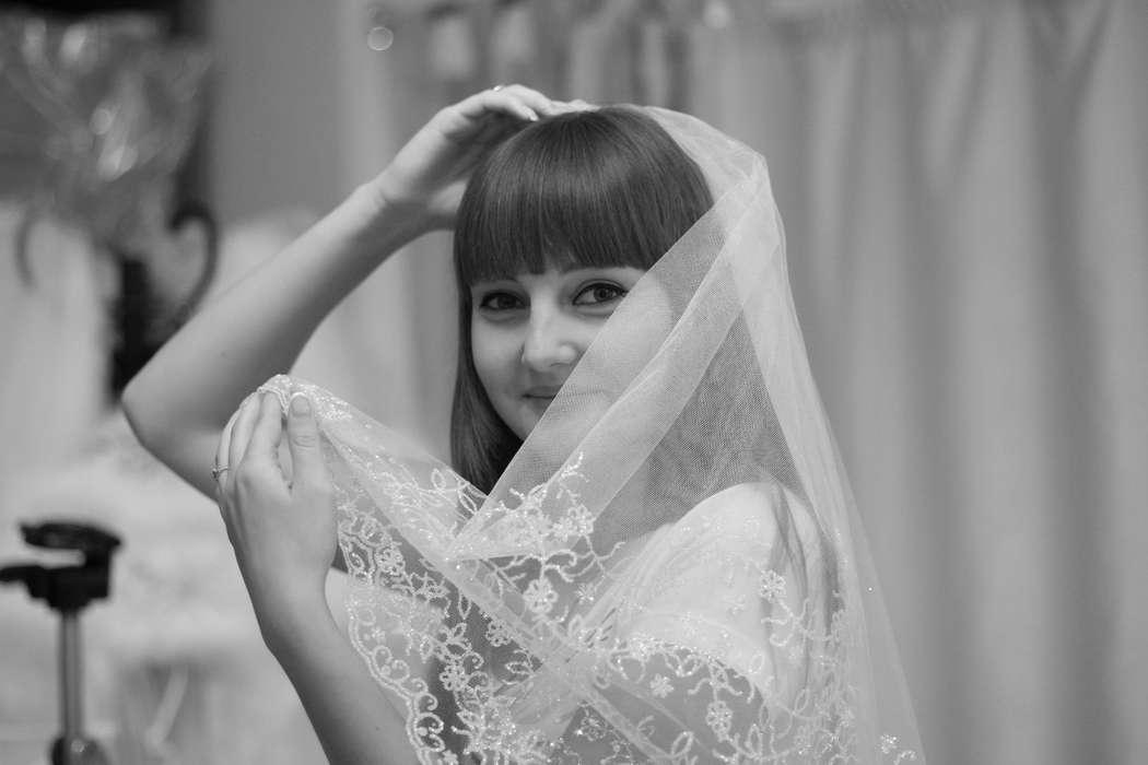 выбор фаты - фото 1163925 Julian Fashion - салон свадебной и вечерней моды