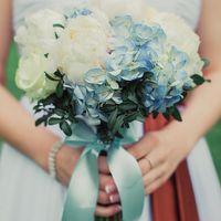 букет невесты, голубой, глициния, белый, коричневый