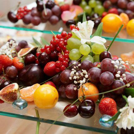 Фруктовые и ягодные композиции