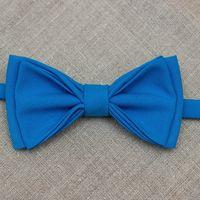 Галстук-бабочка голубого цвета. Стоимость бабочки - 790р.  Чтобы заказать пишите в л.с.  или по т. +7 950 038 54 26