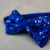 Темно-синяя красотка вся в пайетках достойна блистать на вечеринках. Стоимость бабочки - 890р. Чтобы заказать пишите в л.с.  или по т. +7 952 216 48 01
