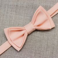 Галстук бабочка персикового цвета. Стоимость бабочки - 350р.  Чтобы заказать пишите в л.с.  или по т. +7 950 038 54 26