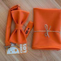 Комплект бабочка с платочком оранжевого цвета. Стоимость комплекта 1200р.  Чтобы заказать пишите в л.с.  или по т. +7 950 038 54 26