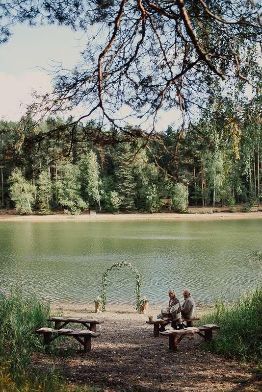 """свадебная церемония, выездная церемония, эмоции, свадьба в лесу, эко-свадьба, рустик, лесная церемония, церемония у воды - фото 3977785 Фото и видеосъёмка """"Крошка и корочка"""""""