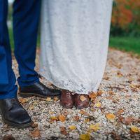 осень, листья, ботиночки невесты