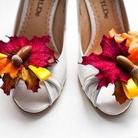 """свадьба в стиле """"Краски осени""""декор туфелек невесты"""