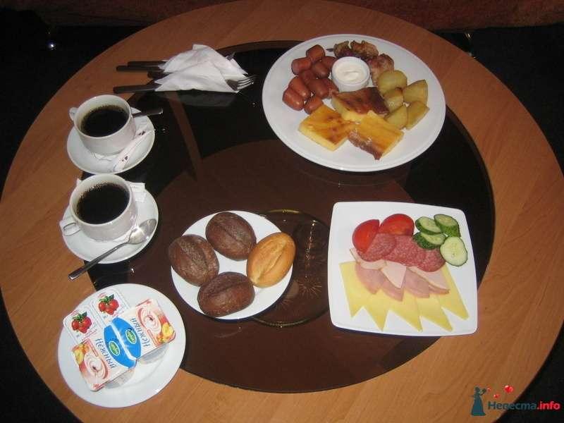 А это завтрак на двоих :) который подали в номер - фото 83806 Наташулька