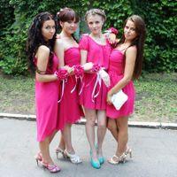 мои подружки невесты...красивые платюшки и браслетик(трансформер) как подарочек от меня