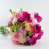 Букет невесты с пионами в розовом цвете