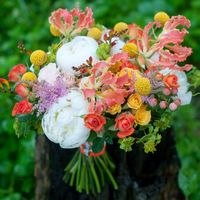 экзотический букет невесты желтый