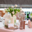 оформление стола гостей цветами