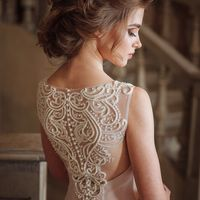 Свадебное платье Olivia  Цена указана на сайте:    Photo:  Muah: