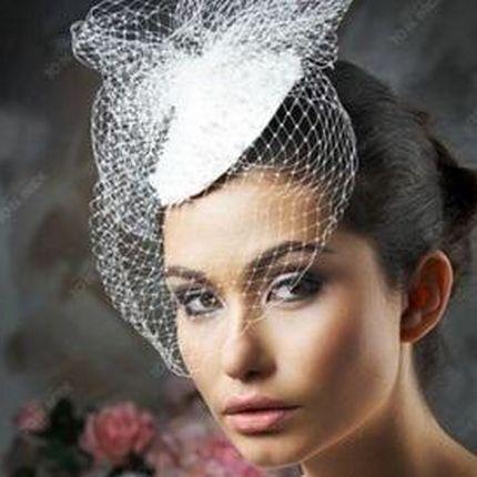 Свадебная шляпка-таблетка А718