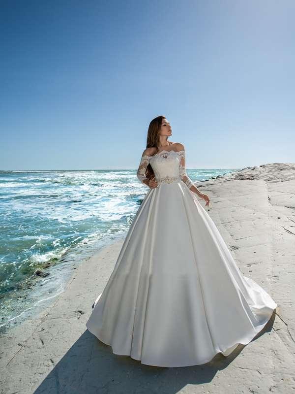 Свадебное платье А1259. Покупка НОВОГО 22.500р. Прокат свадебных платьев от 1.900 р до 14.500р на три дня. Есть отдельно ряд платьев для проката! - фото 17252296 Свадебный салон InLove
