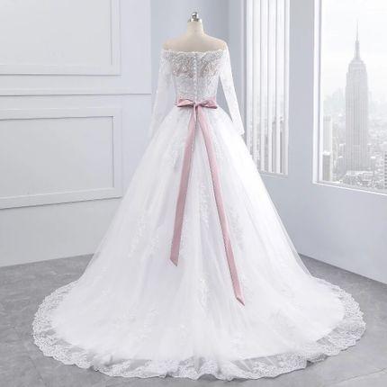 Платье пышное со шлейфом А1539