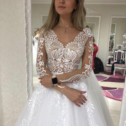 Платье пышное А1545