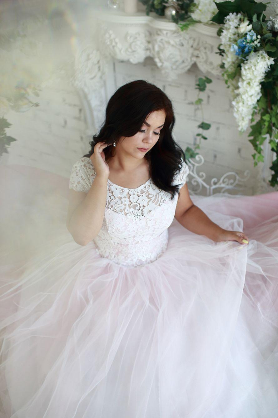 Платье цвета пудра прокат А1577