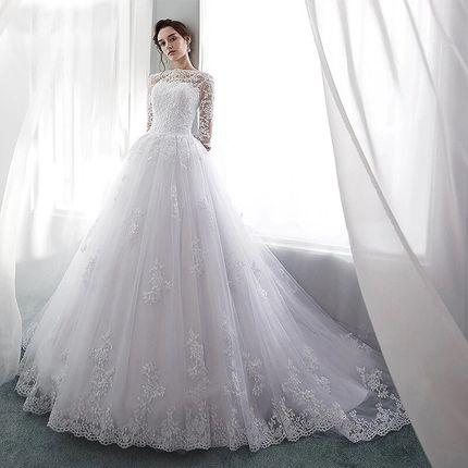 Платье со шлейфом А1684