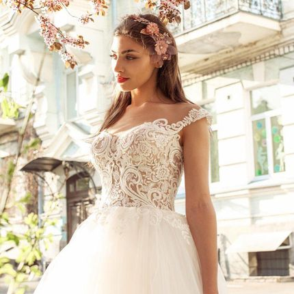 Платье пышное А1816