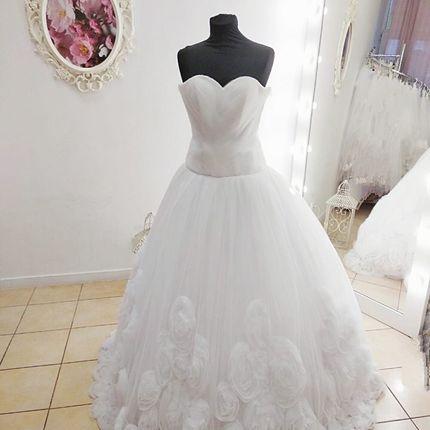 Платье с розами А1873