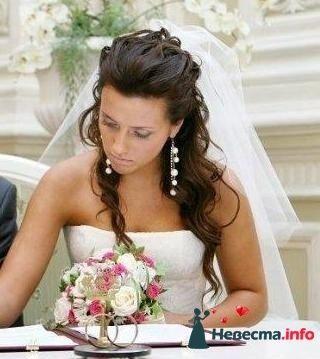 Прическа свадебная мальвинка
