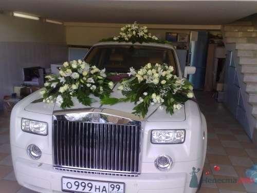 Украшение автомобиля живыми цветами - фото 15884 Невеста01