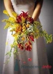 Фото 19769 в коллекции Букет невесты и бутоньерка - Невеста01