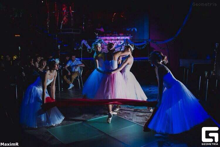 "Фото 11480568 в коллекции Алегрия - Шоу-балет ""Ша Нуар"""