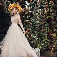 портрет невесты, осень, венок из листьев