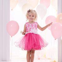 В наличии 26 размер полностью белого цвета, розового цвета 18 дол.