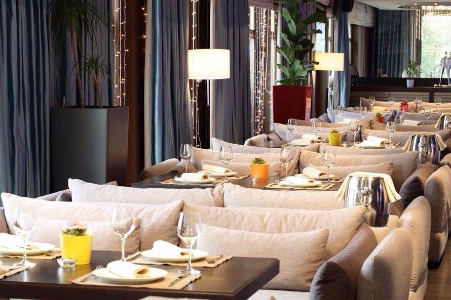 Фото 4270615 в коллекции Портфолио - Светлый restaurant и bar