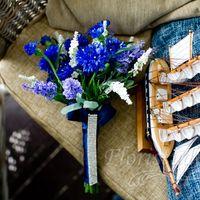 Букет невесты и кораблик