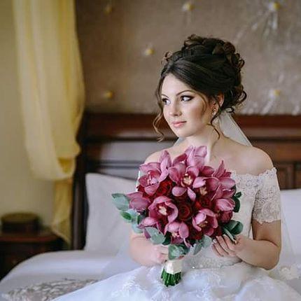 Высокая свадебная прическа