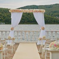 Аренда свадебных арок и декор