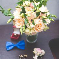 Букет невесты из роз и гербер в нежно-розовом цвете