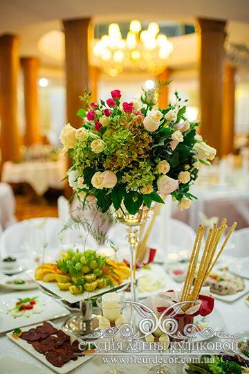 Свадебная композиция - фото 1840375 Студия флористики Алёны Куликовой