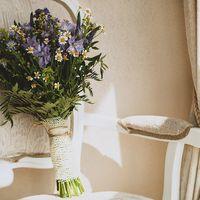 Рустикальный букет невесты из ромашек