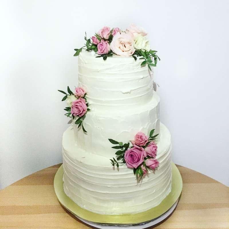торт с цветочным декором - фото 12471996 Sweet - кафе-кондитерская