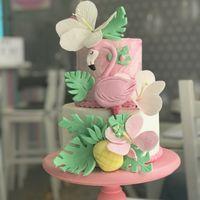 """Торт """"Фламинго""""  стоимость 1600 Р/кг - закажите торт за 1 месяц или ранее и получите каждый 3-ий кг в подарок Декор из сахарной пасты оплачивается отдельно"""