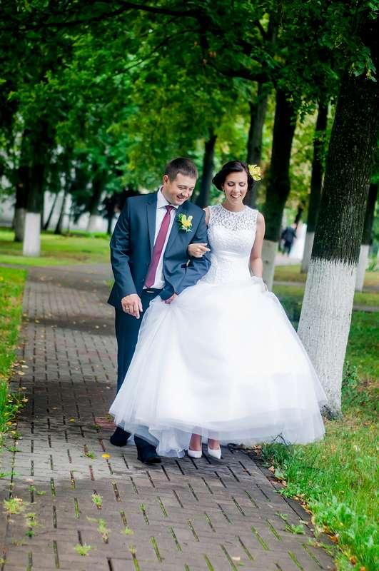 жених и невеста- прогулка - фото 1966749 Фотограф Красова Юлия